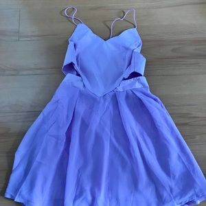 Dresses & Skirts - Lilac open back dress